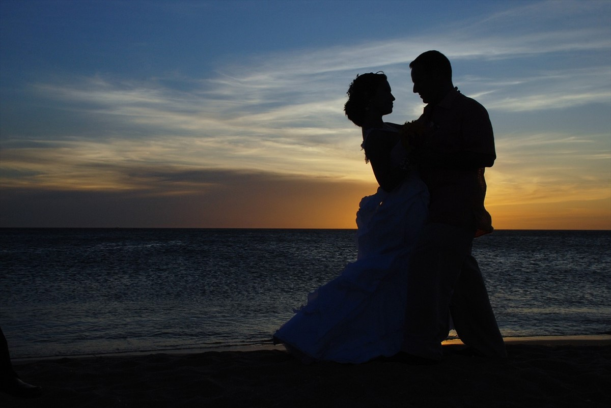 その婚活、いつまで続けますか?成婚率99.9% 国際結婚という選択。